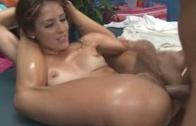 sheena loves massage with her pussy.