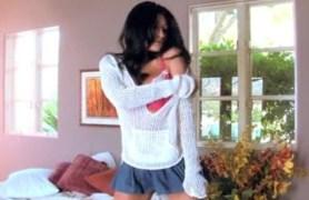 jasmine foxx spreading her legs for twistys