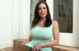 great titted kendra lust gives blowjob